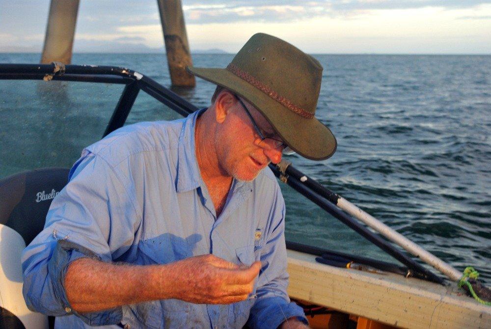 Untangling fishing lines
