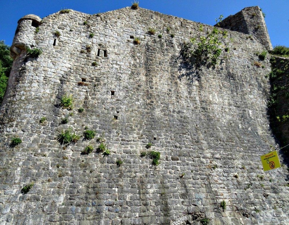 Budva's wall