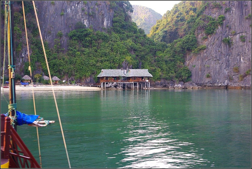Lan Ha Bay Resort Vietnam