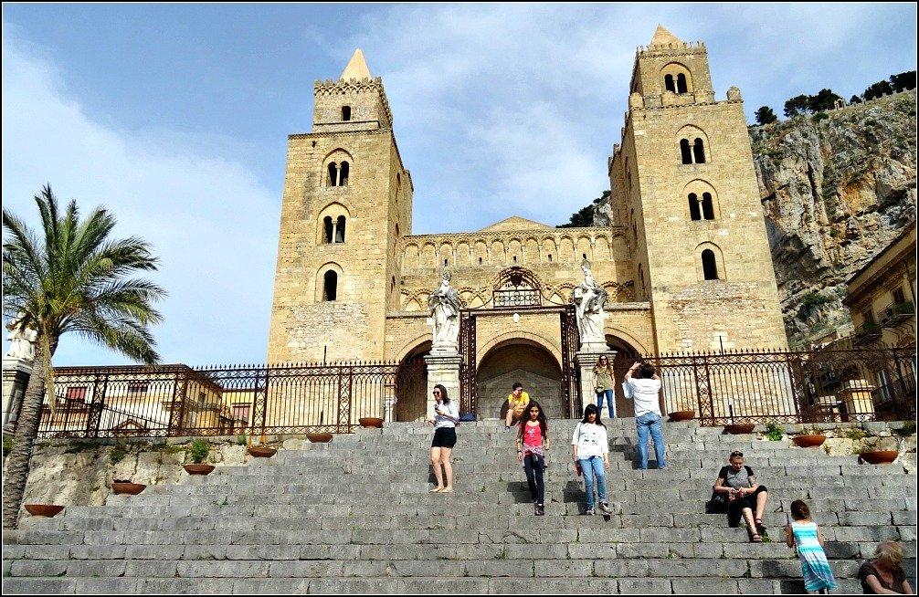 Cefalu Duomo Magic Sicily