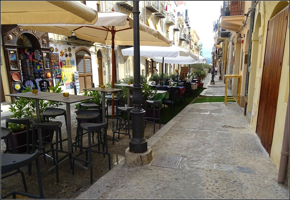 Cefalu More Streets of