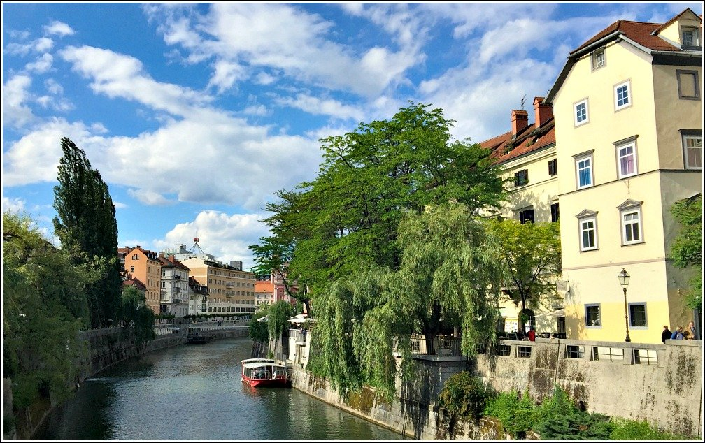 Charming Ljubljana with her River and Bridges – BUDGET ...