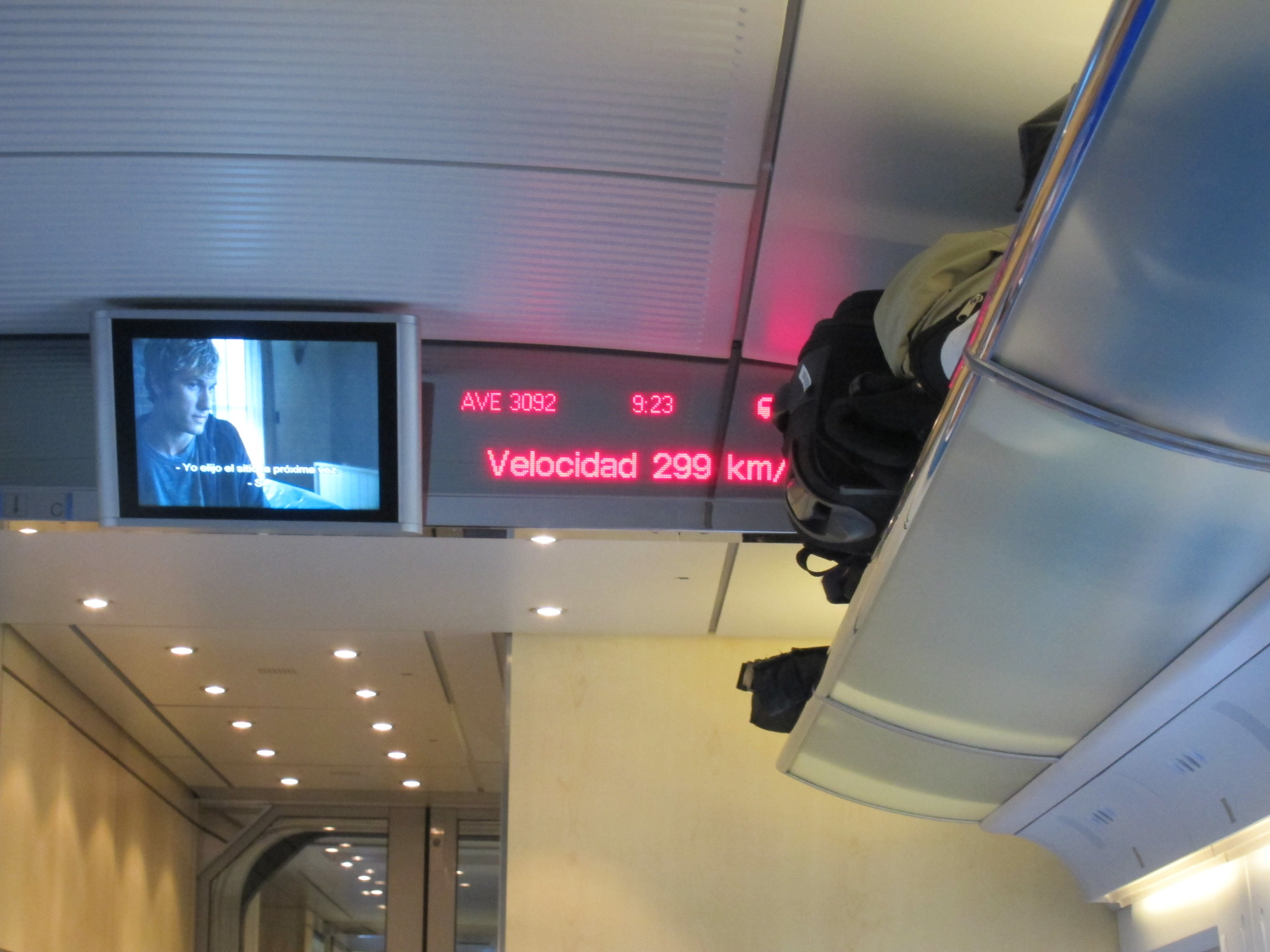 AVE – Renfe fast train