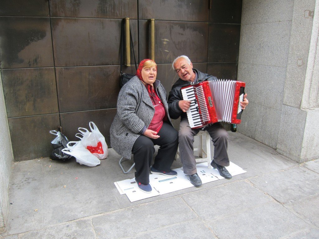 Gypsy Couple burst into song