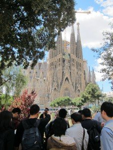 La Sagrada Familia - Gaudi's unfinished Masterpiece