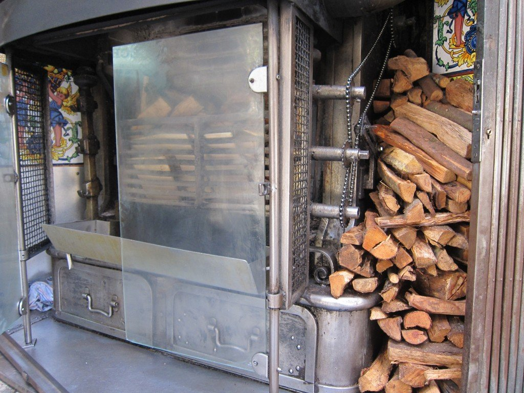Wood supply for the rotisserie