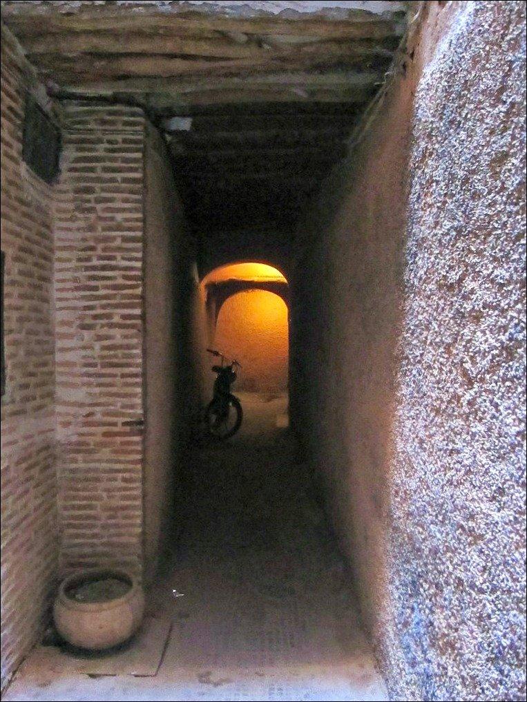 Tunnel in Derb Al Qadi Marrakech