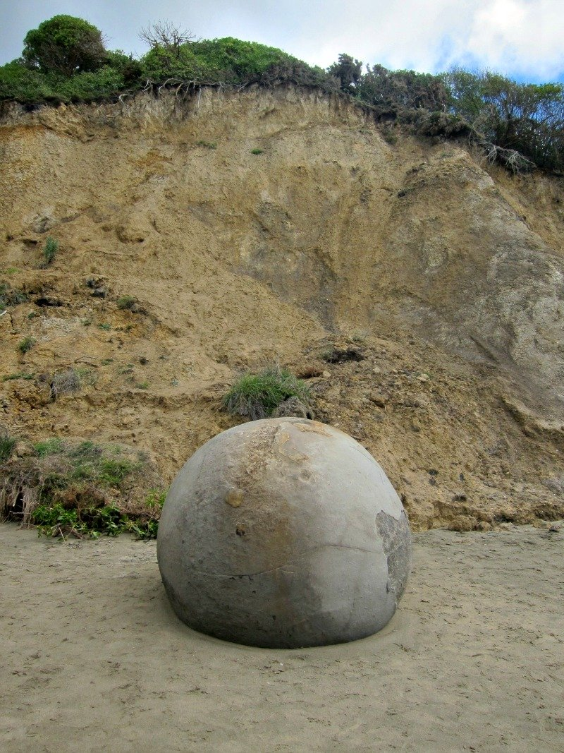 A new boulder is born at Koekohe Beach in New Zealand.