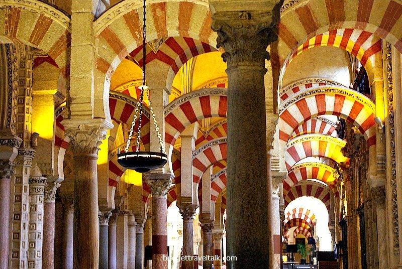 Mezquita Columns
