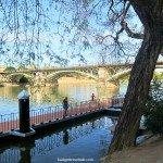 Sevilla's Guadalquivir River – Hunting cool breezes