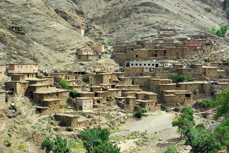 The Berber Villages blend in with the mountain.