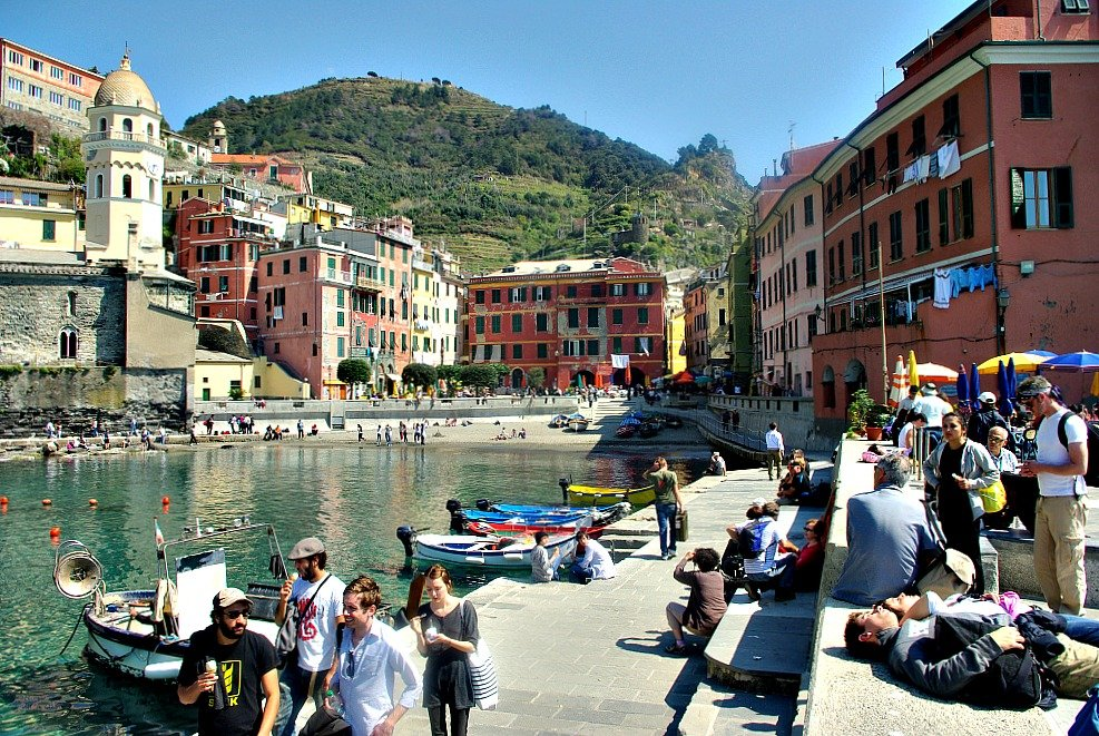 Vernazza Harbour was where we ate the fancy bread we purchased at the bakers.
