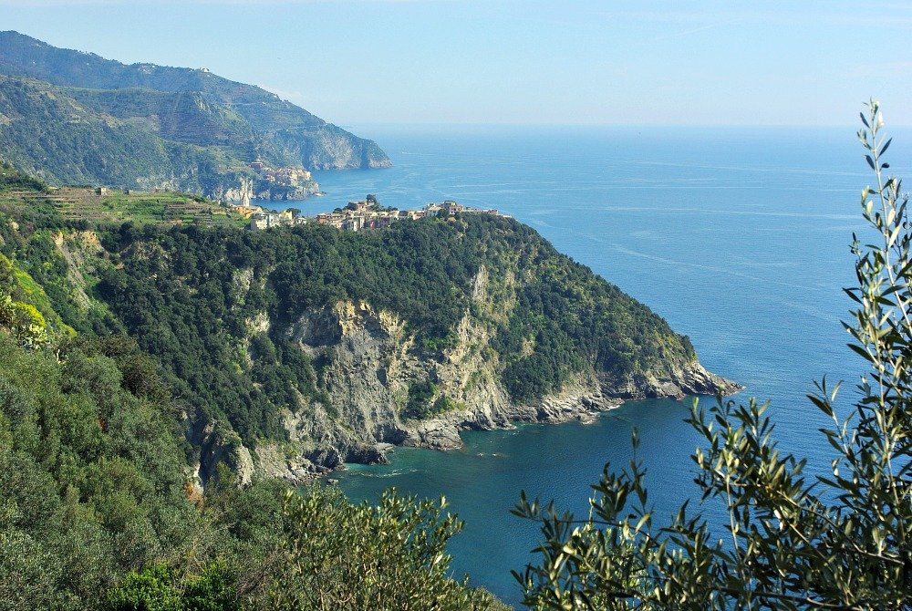 Doesn't Corniglia look romantic perched on it's hilltop?