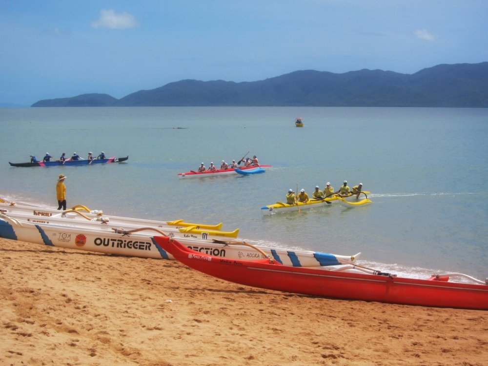 Boats coming ashore after the race.