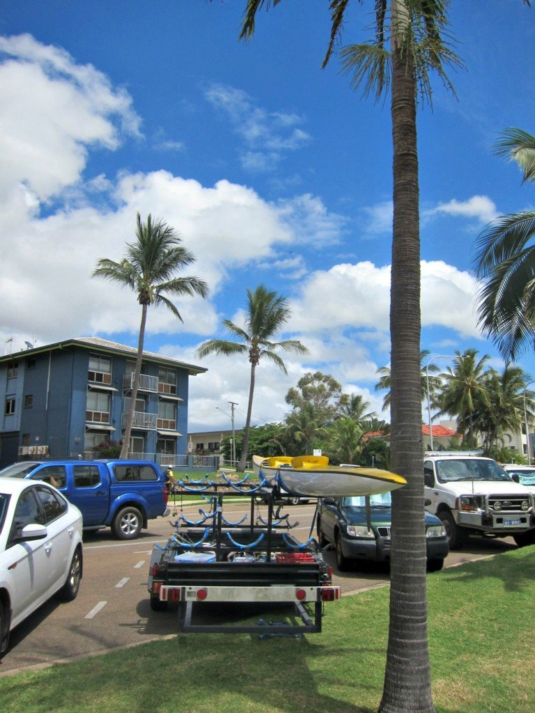 Outrigger trailer parked