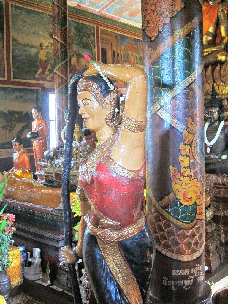 Wat Phnom Bronze Buddha