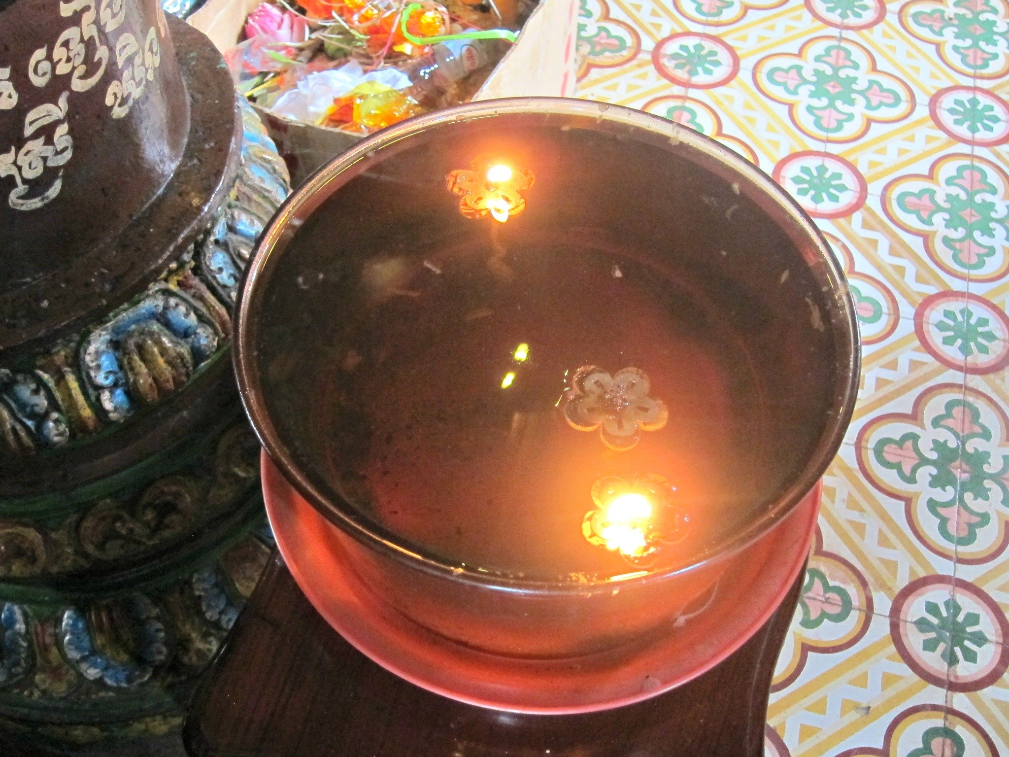 Wat Phnom Floating Candle
