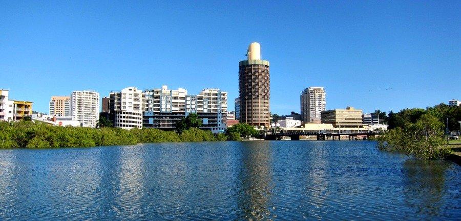 Sugar Shaker or Holiday Inn, Townsville