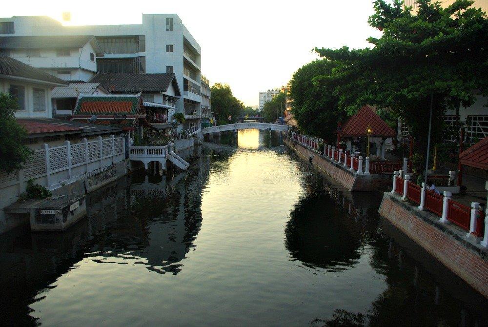 Lamphu Canal Bangkok