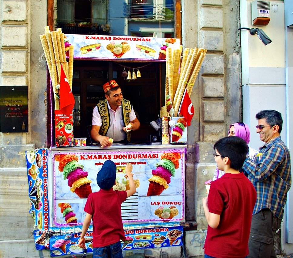 Dondurma in Istiklal Street