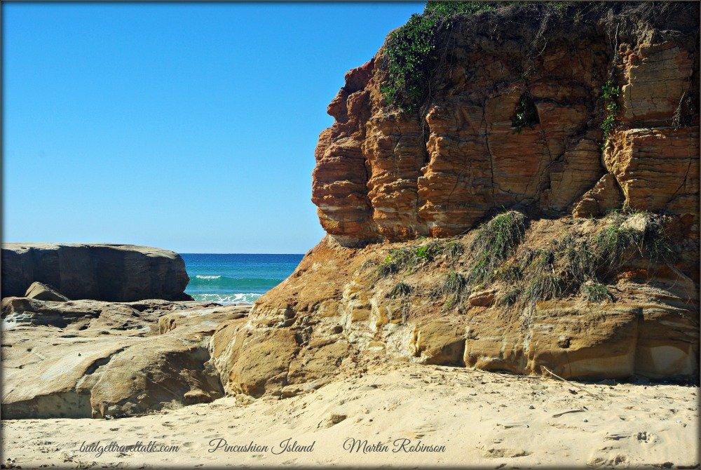 Mudjimba Pincushion Rock M. Robinson.jpg