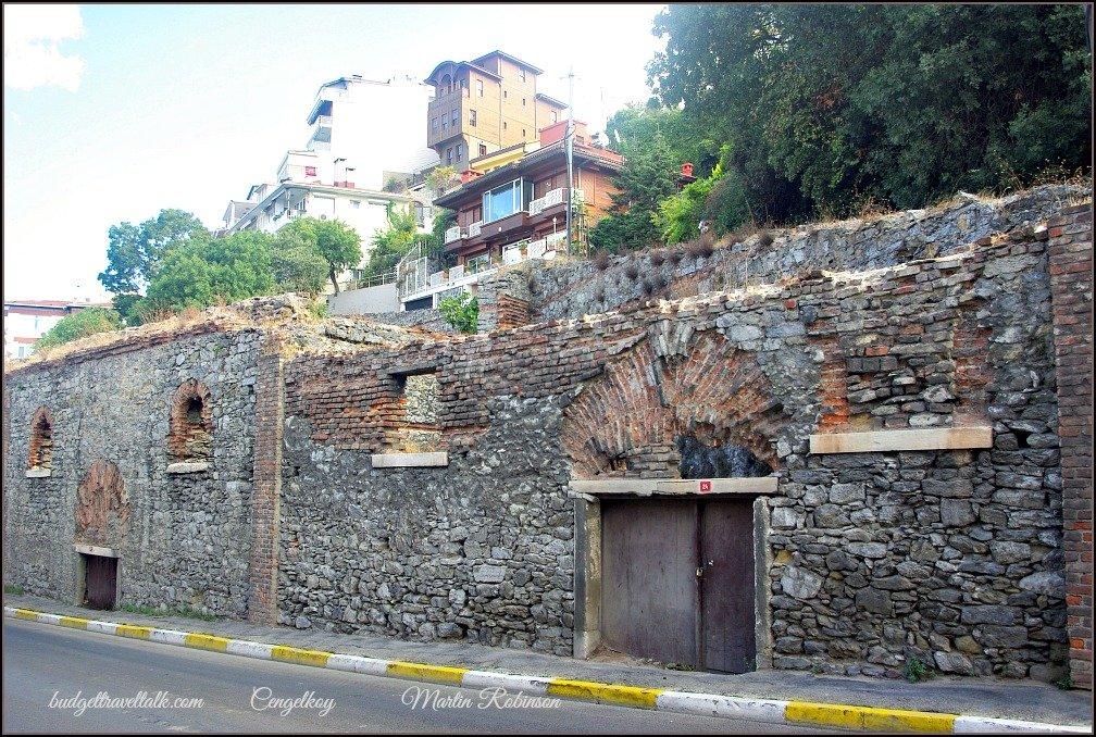 Cengelkoy Wall