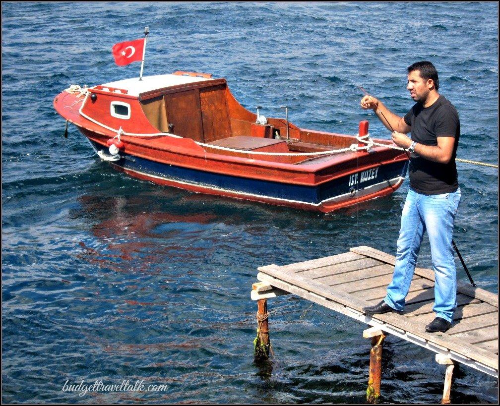Red Boat Turkish Flat Bosphorus.