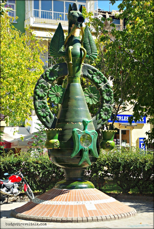 Canakkale Pot Statue