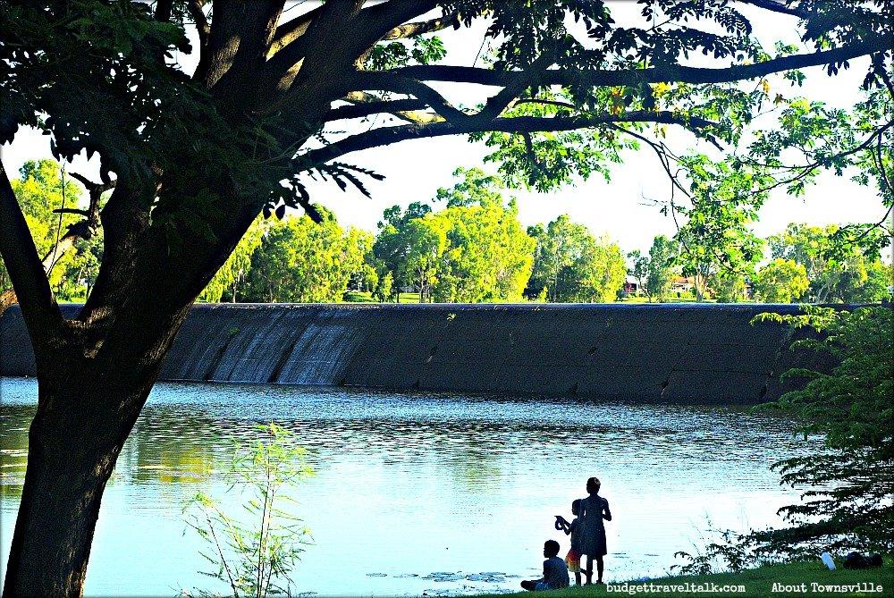 About Townsville Black Weir children fishing