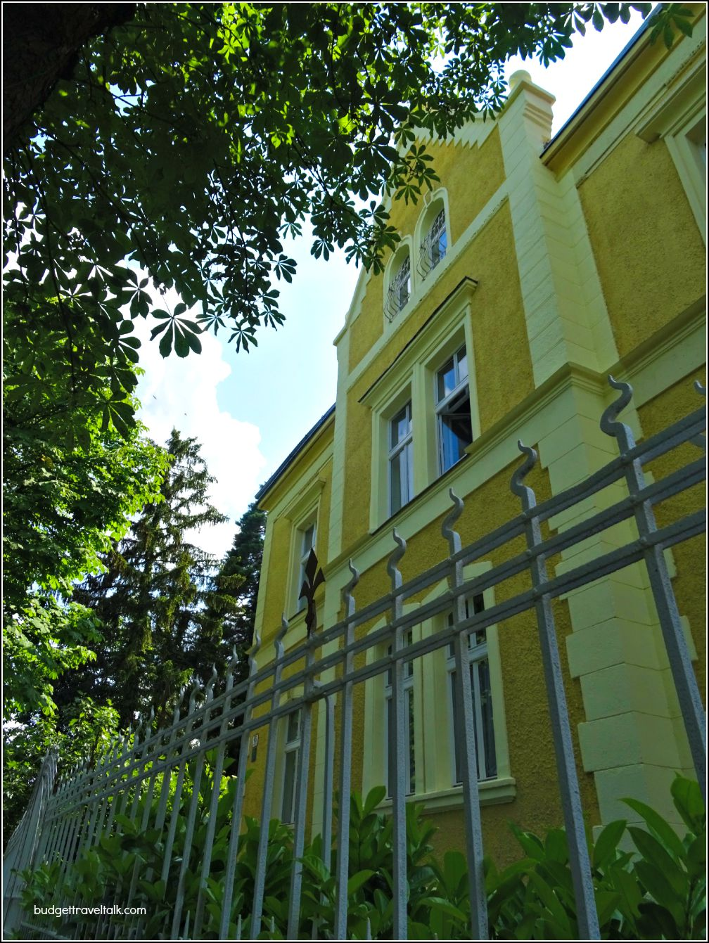 Zagreb Jurjevska Street yellow building