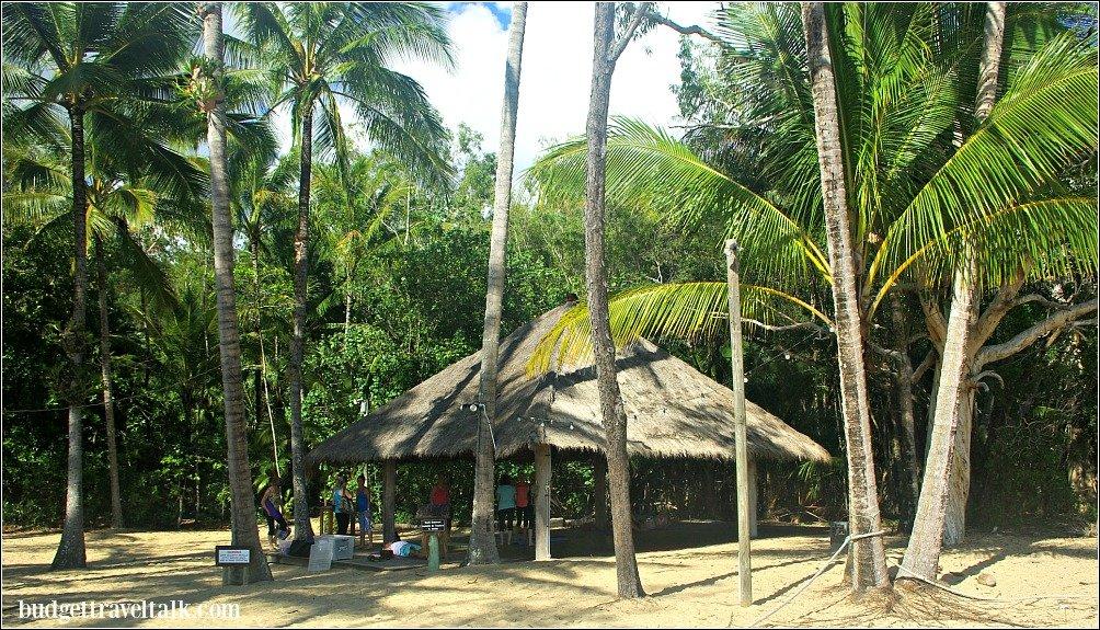 Kewarra Beach Shack Yoga