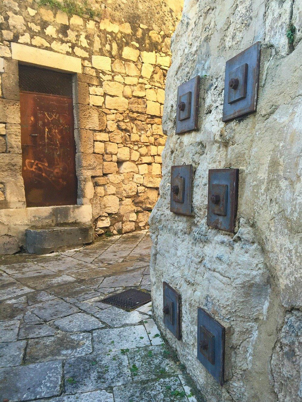 Southern Sicily Modica Bolts