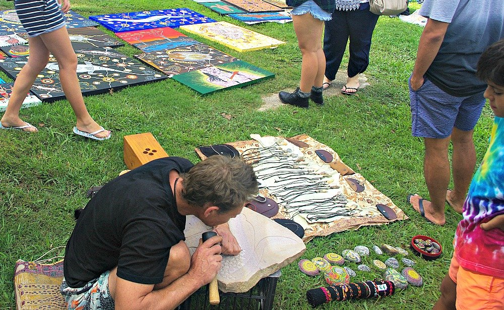 Mullum Community Market Artist at work
