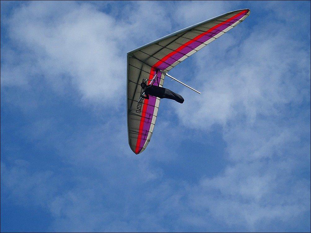 Byron Hang Glider