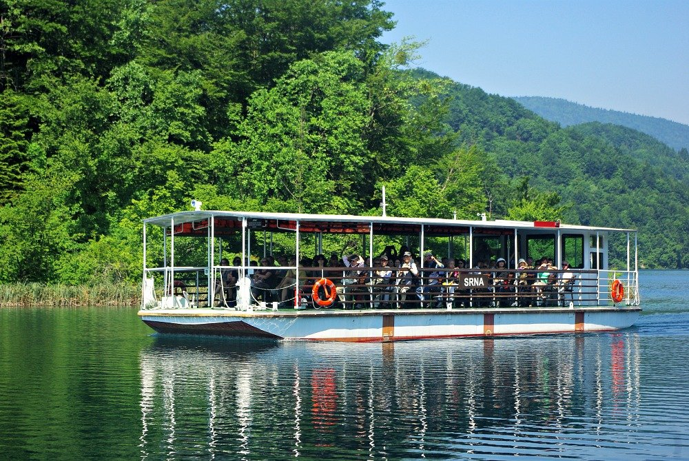 Boat on Plitvice Lakes