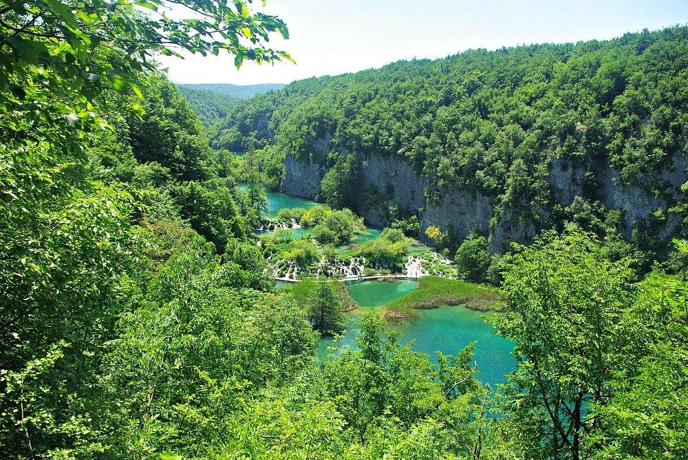 Plitvice Lakes Rock Walls