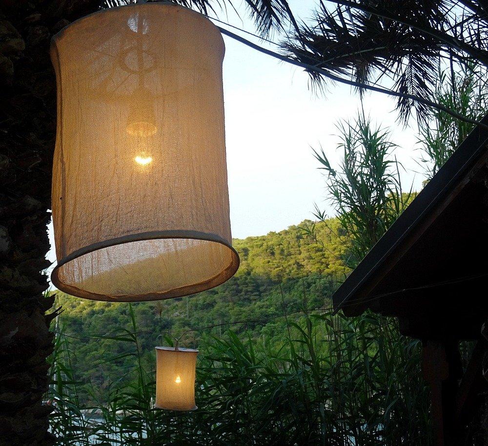 Stoncica Lanterns