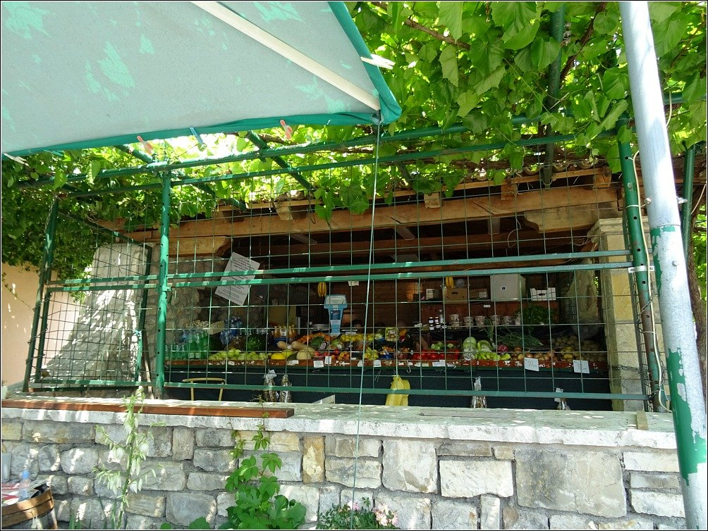 Skradin Mates Fruit and Veg Stall
