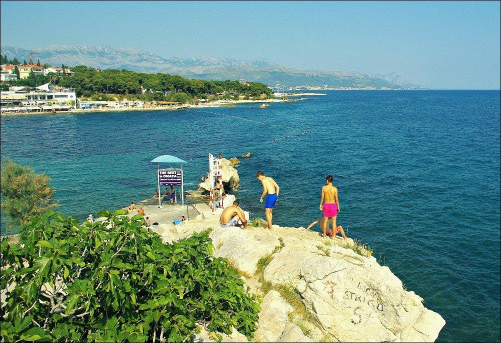 Split Boys on Cliff at point near Bacvice Beach