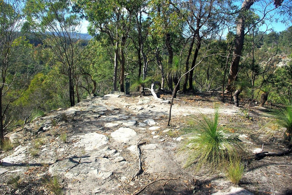 Cania Gorge National Park Walking Tracks Accommodation Giants Chair Final platform before descent