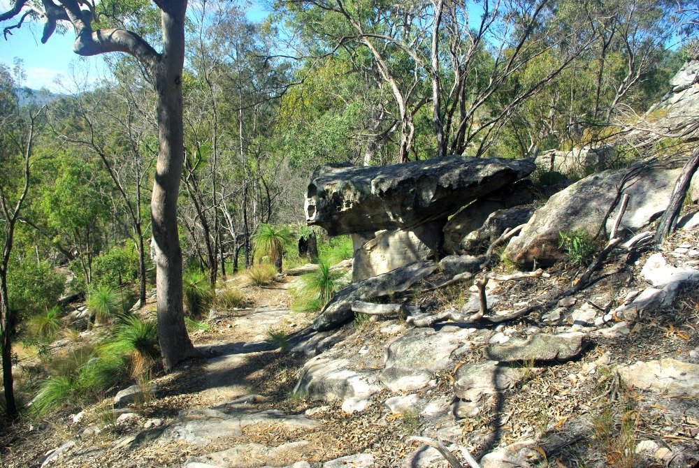 Cania Gorge Giants Chair rocks on descent