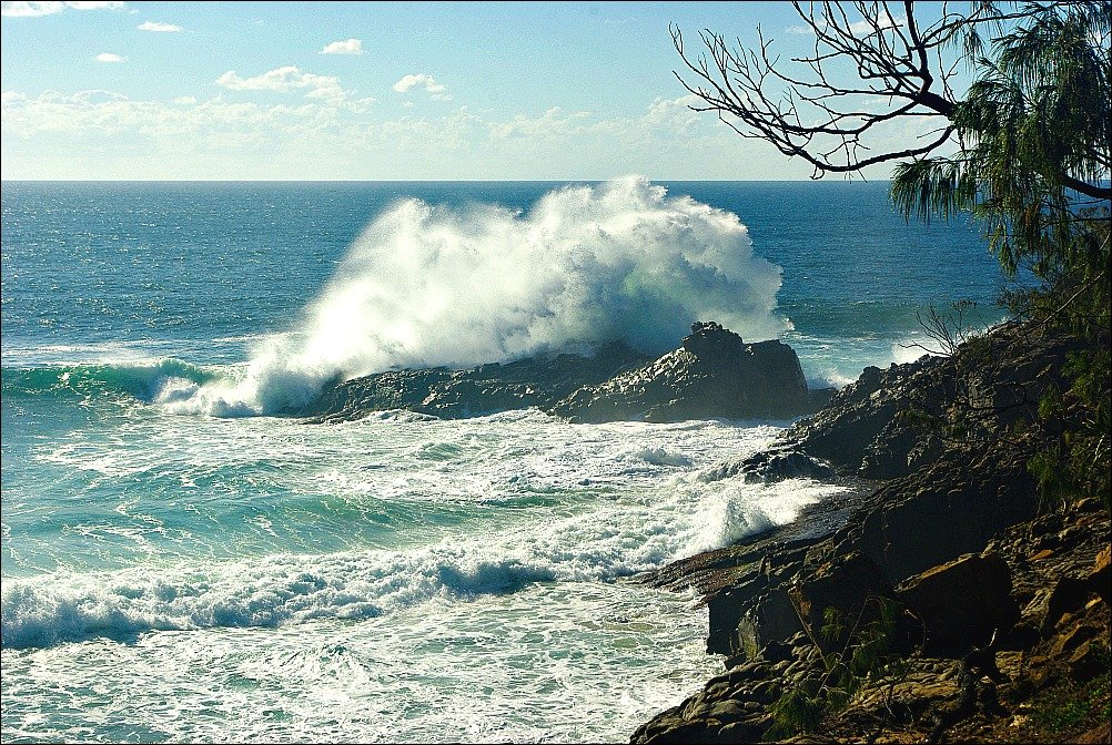 Wild Weather Noosa National Park Walk from Sunshine Beach to Noosa.