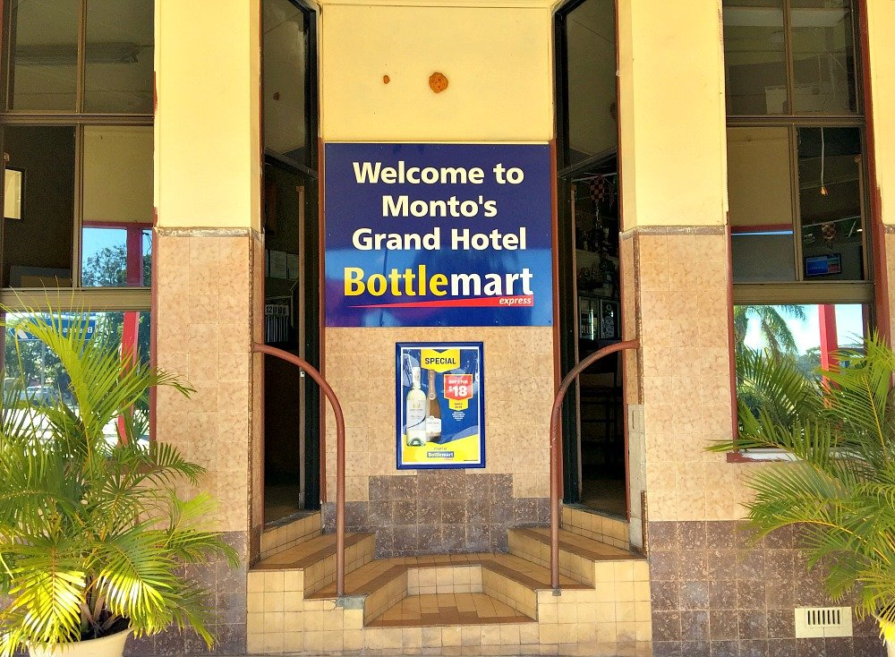Grand Hotel Monto Double Entrance