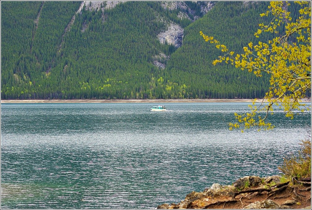 Lake Minnewanka Hike - Boat