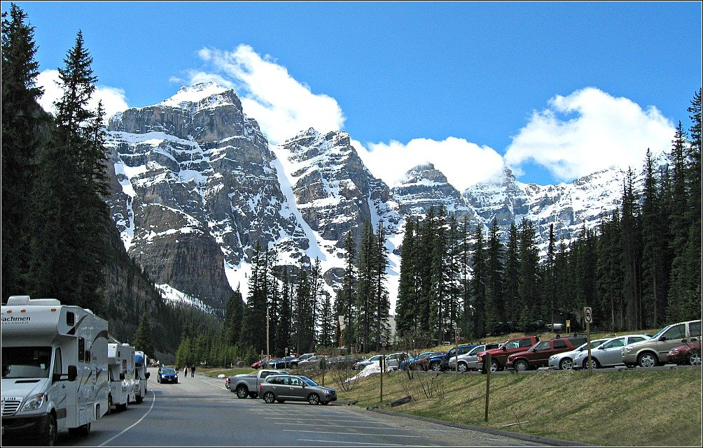 Moraine Lake Carpark Canada