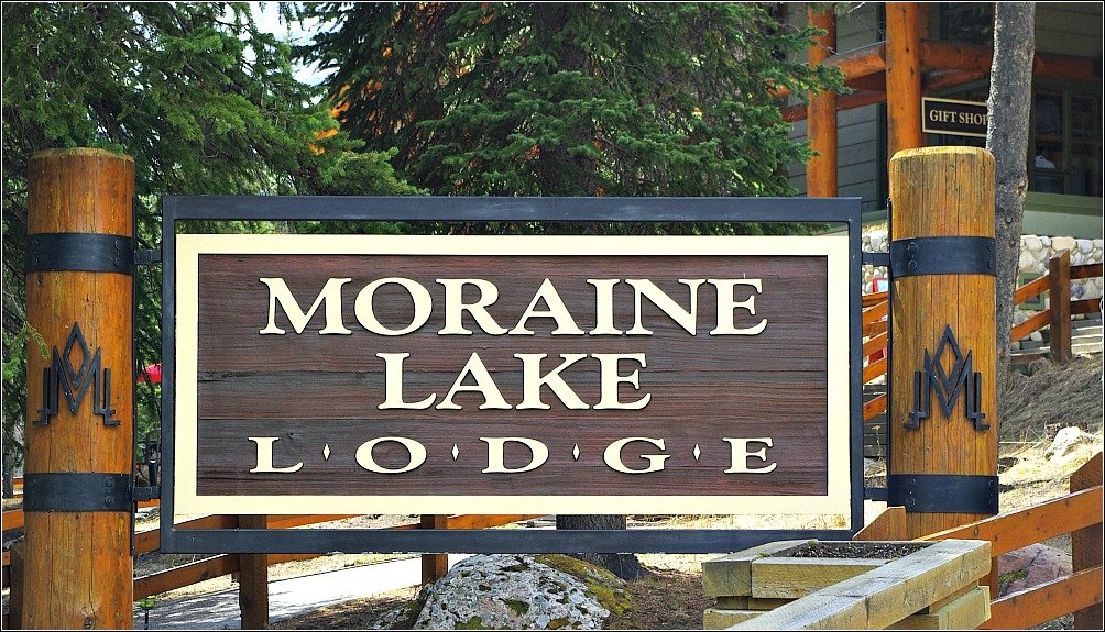 Moraine Lake Lodge Canada