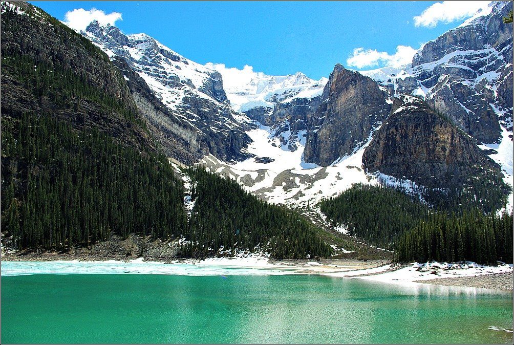Moraine Lake Blue Skies and Green Water