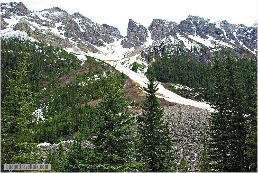 Plain of Six Glaciers Tea House Hike Views