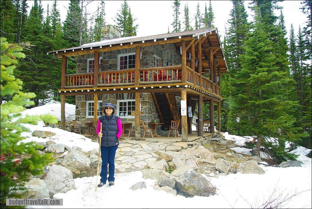 Plain of Six Glaciers Tea House Hike