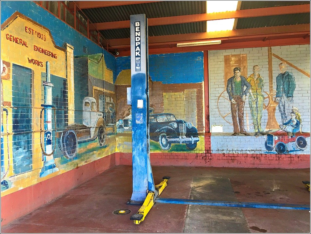 Flemings Garage Murals Nanango